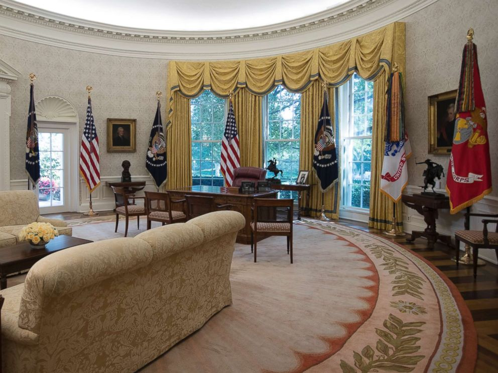 PHOTO: The newly renovated Oval Office of the White House, Aug. 22, 2017.
