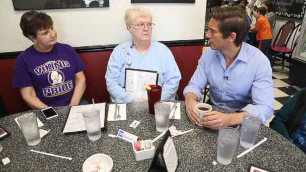 PHOTO: ABC News' David Muir went to counties in Michigan, Pennsylvania and Wisconsin, where the difference in the vote between Donald Trump and Hillary Clinton was 1 percent or less. Here, he speaks with diners in Saginaw County, Michigan.