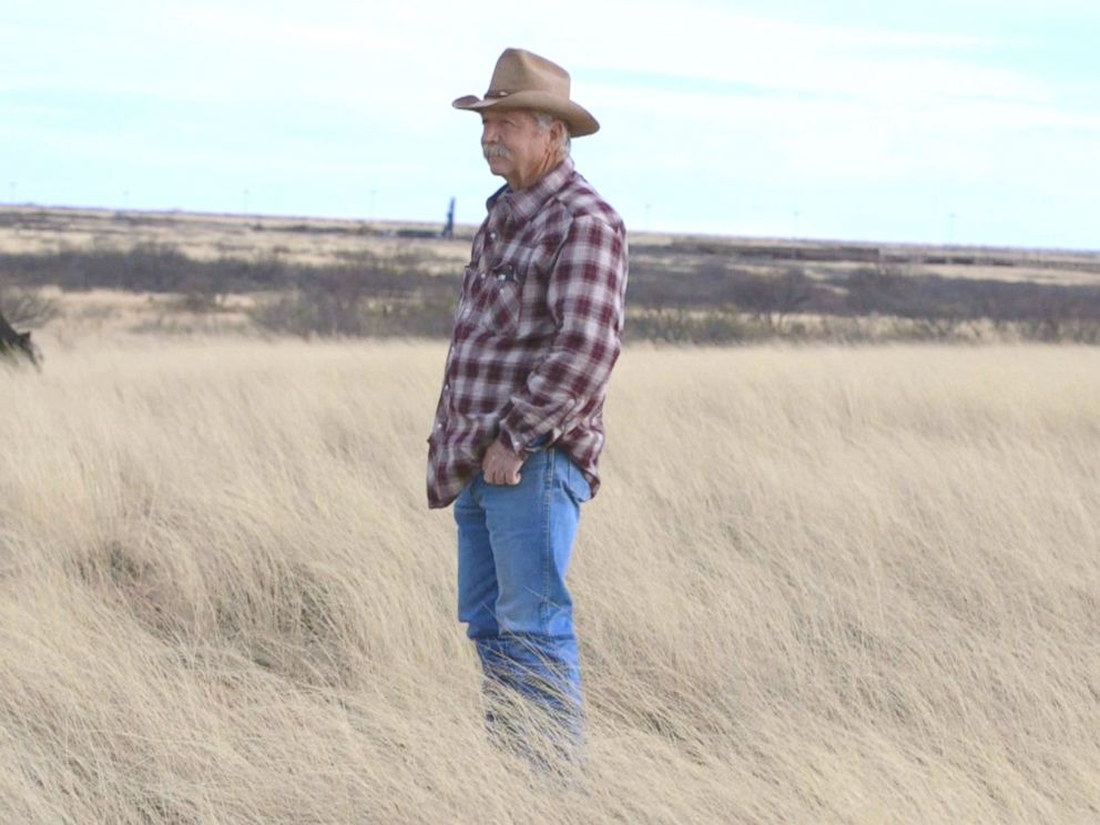 PHOTO: John Ladds family owns 16,000 acres in Arizona, about 10 miles of which are directly on the border with Mexico.