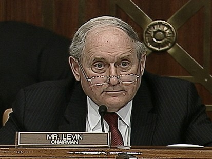 VIDEO: Sen Carl Levin curses while descriving an internal memo from Goldman Sachs.