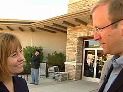 "Video: Jonathan Karl talks to NV Senate Candidate Sharron Angle on ?Top Line."""