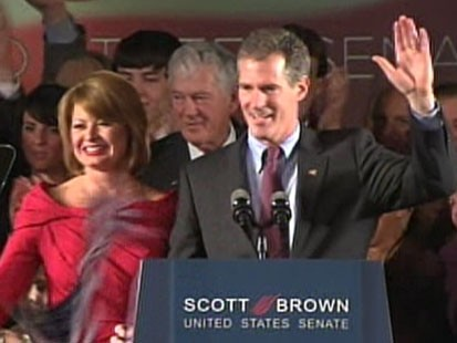 VIDEO: Republican Scott Brown Defeats Democrat Martha Coakley in Mass. Senate Race