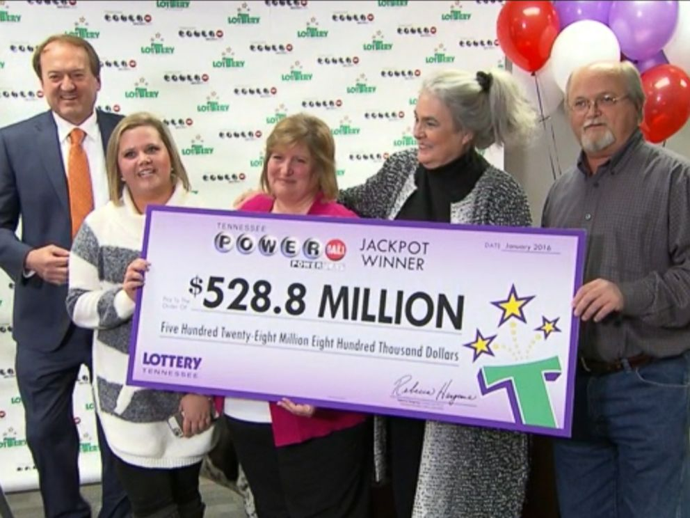 Lottery winners in Nashville, Tenn. on Jan. 15, 2016.