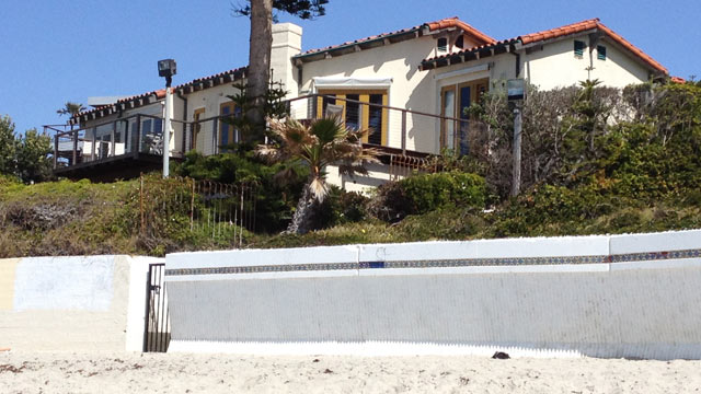 PHOTO: Mitt Romney's beachfront mansion in La Jolla, Calif. is shown.