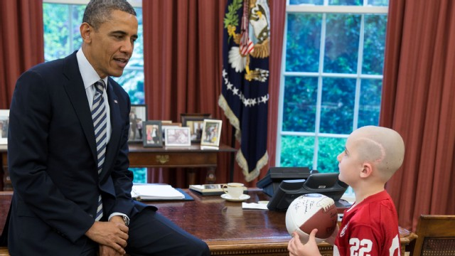 VIDEO: 7-year-old Nebraska Football Star Meets President Obama