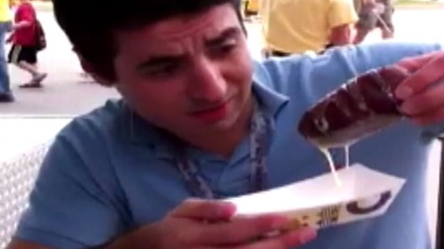 VIDEO: ABC Radio's Steven Portnoy takes a break to try an Iowa State Fair specialty.