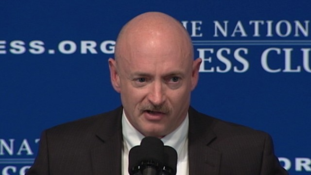 VIDE: Mark Kelly Jokes About Presidential Run