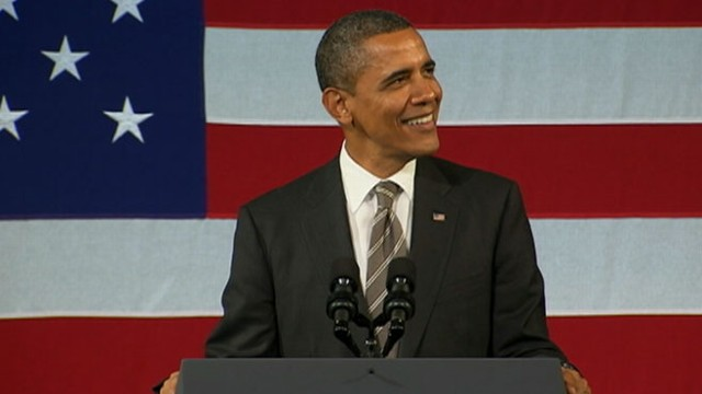 VIDEO: At a fundraiser at the Apollo Theater, Obama sings Rev. Al Greens music.