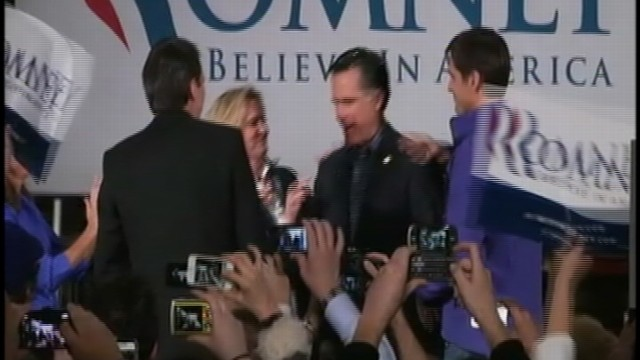 VIDEO: Mitt Romney Glitter Bombed Outside Minn. Event
