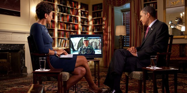 PHOTO:&nbsp;President Barack Obama tapes an interview on fatherhood with Robin Roberts of ABC News in the Library of the White House, June 16, 2011.