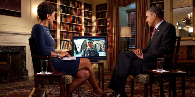 PHOTO: President Barack Obama tapes an interview on fatherhood with Robin Roberts of ABC News in the Library of the White House, June 16, 2011.