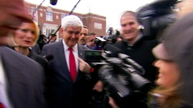 VIDEO: GOP candidates move through large crowds in Manchester, N.H.