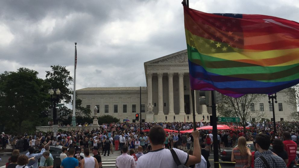 PHOTO: A photo taken outside the United States Supreme Court on June 26, 2015.