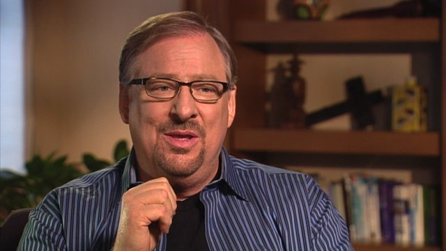 PHOTO: Saddleback Church pastor Rick Warren is interviewed on