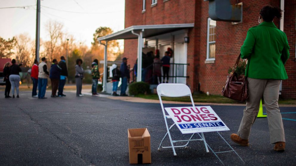 http://a.abcnews.com/images/Politics/alabama-election-07-gty-jc-171212_16x9_992.jpg