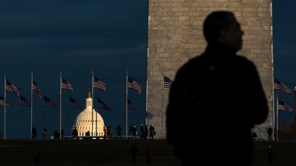 http://a.abcnews.com/images/Politics/ap-inuguration-capitol-monument-ps-170119_16x9_992.jpg