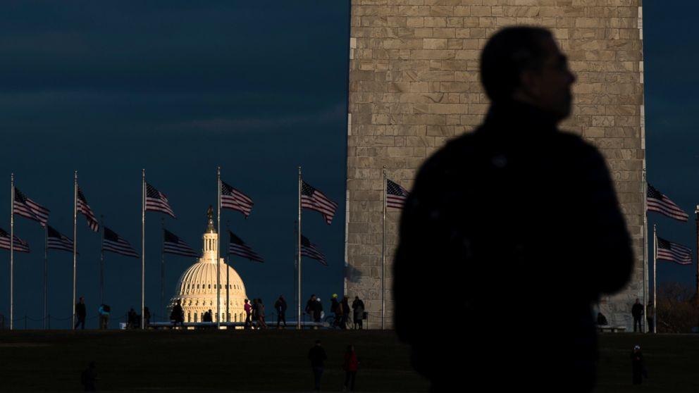 http://a.abcnews.com/images/Politics/ap-inuguration-capitol-monument-ps-170119_16x9_992.jpg