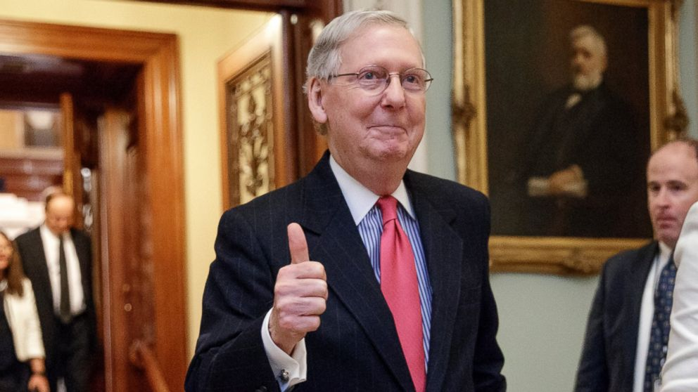 PHOTO: Senate Majority Leader Mitch McConnell gives a thumbs-up as he leaves the Senate chamber on Capitol Hill in Washington, D.C., April 6, 2017.
