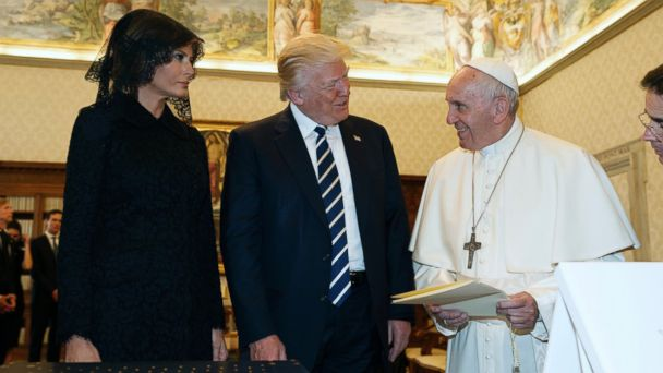 PHOTO: President Donald Trump and first lady Melania Trump meet with Pope Francis, May 24, 2017, at the Vatican.