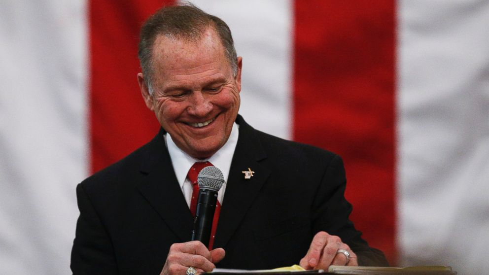 Moore tells accusers to 'tell the truth' while making final appeal to voters
