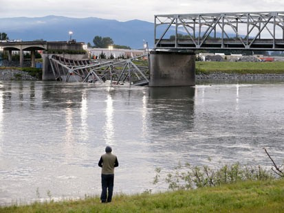 Bridge Collapse May Fall on Deaf Ears in Congress