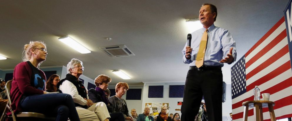PHOTO: Republican presidential candidate, Ohio Gov. John Kasich speaks during a campaign stop, Friday, Oct. 2, 2015, in Goffstown, N.H.