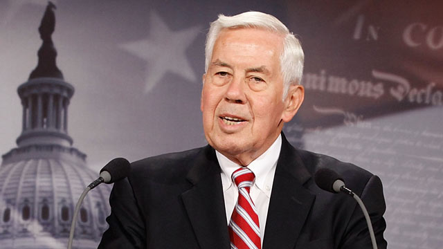 "PHOTO: Sen. Richard Lugar talks to reporters about the new ""Practical Energy and Climate Plan"" legislation at the U.S. Capitol June 9, 2010 in Washington, DC."