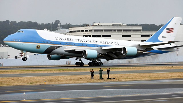 PHOTO: Air Force One