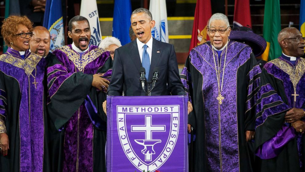 PHOTO: President Barack Obama sings Amazing Grace during services honoring the life of Rev. Clementa Pinckney, June 26, 2015, at the College of Charleston TD Arena in Charleston, S.C.