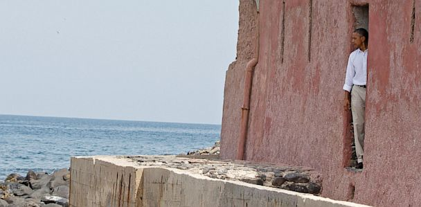 ap barack obama goree island ll 130626 33x16 608 Obamas Visit to Goree Island a Powerful Moment