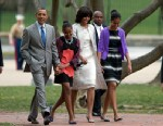 PHOTO: President Barack Obama and first lady Michelle Obama walk from the White House with their daughters Sasha Obama, second from left, and Malia Obama, right, on their way through Lafayette Park to St. Johns Episcopal Church for Easter services, Sunda