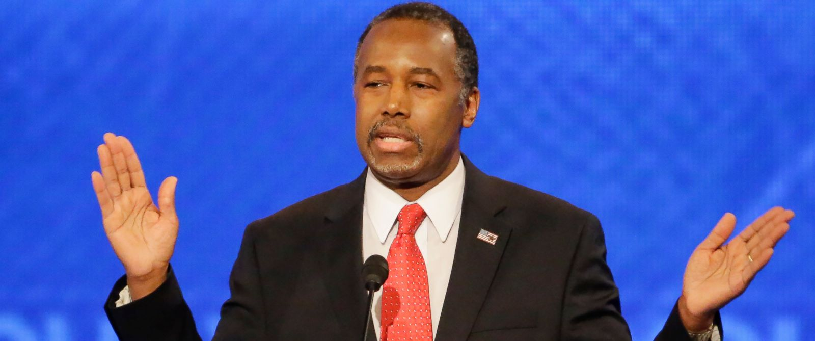 PHOTO: Republican presidential candidate Ben Carson answers a question during a Republican presidential primary debate at the St. Anselm College on Feb. 6, 2016, in Manchester, N.H.