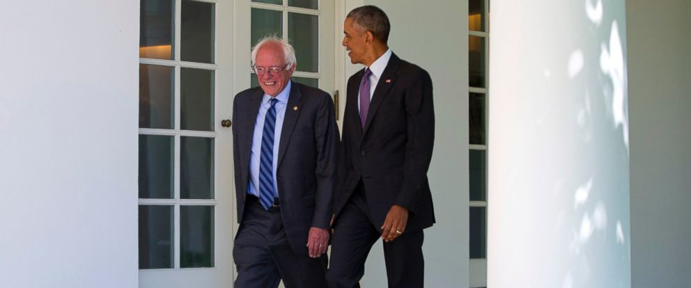PHOTO: President Barack Obama walks with Sen. Bernie Sanders down the Colonnade of the White House in Washington, June 9, 2016.