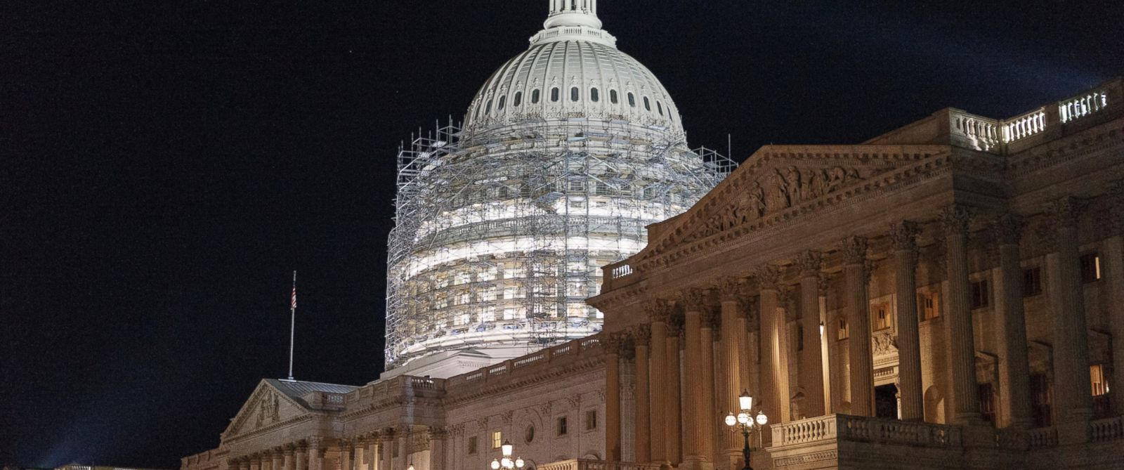 PHOTO: This photo taken Oct. 4, 2014 shows scaffolding around the Capitol Dome in Washington.