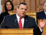 PHOTO: Gov. Chris Christie delivers his State Of The State address at the Statehouse, Jan. 8, 2013, in Trenton, N.J.