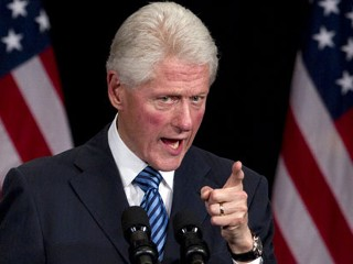 Clinton Drops One-Liners on Tea Party