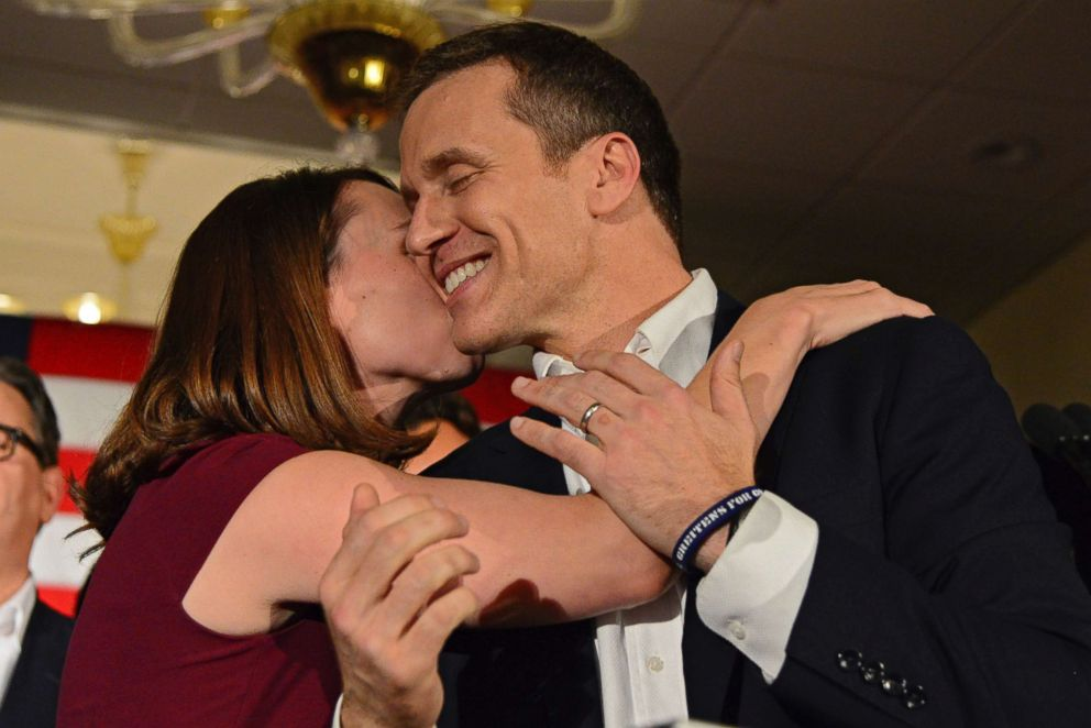 Greitens acknowledges he had affair in 2015, denies photo