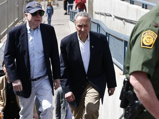 Touring Senators See Border Patrol in Action