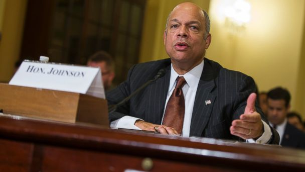 PHOTO: Homeland Security Secretary Jeh Johnson testifies on Capitol Hill in Washington, in this Dec. 2, 2014 file photo.