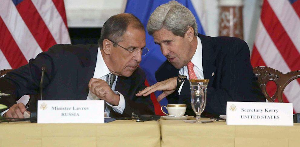 PHOTO: Sergei Lavrov and John Kerry