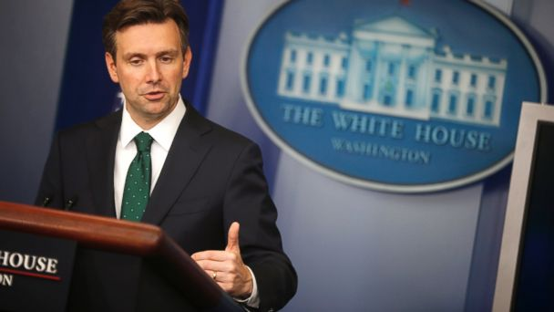 http://a.abcnews.com/images/Politics/ap_josh_earnest_mt_140912_16x9_608.jpg