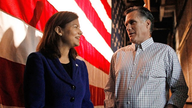 Sen. Kelly Ayotte campaigns with Mitt Romney—a tryout for VP?