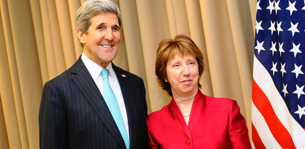 PHOTO: US Secretary of State John Kerry, left, and EU Foreign Policy Chief Catherine Ashton, right, pose for the media before a meeting in Geneva, Switzerland, April 17, 2014, on the Ukrainian crisis.