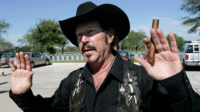 PHOTO: Kinky Friedman