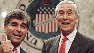 PHOTO: Lloyd Bentsen and Michael Dukakis