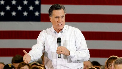PHOTO: Republican presidential candidate and former Massachusetts Gov. Mitt Romney speaks during a campaign stop on Jan. 2, 2012 in Clive, Iowa.