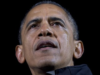 Tearful Obama Ends Campaign in Iowa