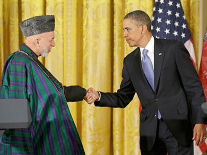 PHOTO: President Barack Obama shakes hands with Afghan President Hamid Karzai at the conclusion of their joint news conference in the East Room of the White House in Washington, Jan. 11, 2013.