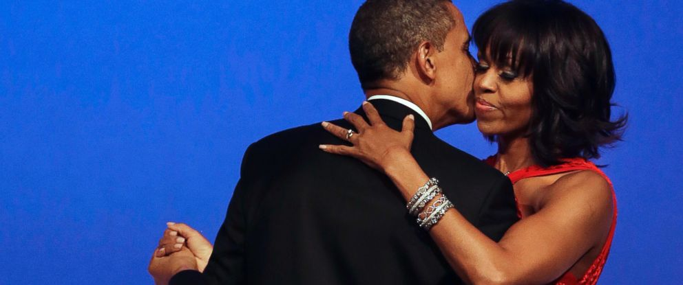 PHOTO: President Barack Obama kisses first lady Michelle Obama during their dance at the Commander-in-Chief Inaugural Ball at the Washington Convention Center during the 57th Presidential Inauguration, Jan. 21, 2013, in Washington.
