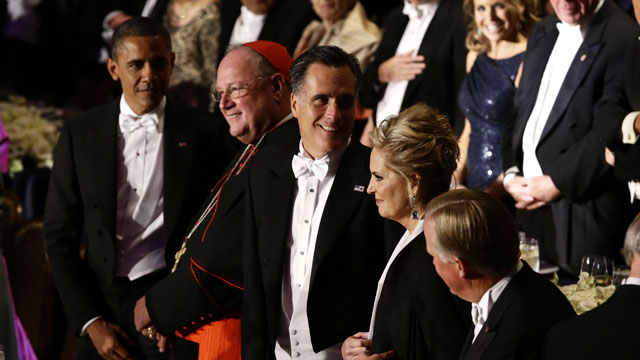 PHOTO: Republican presidential candidate and former Massachusetts Gov. Mitt Romney and President Barack Obama, left, attend the 67th annual Alfred E. Smith Memorial Foundation Dinner, a charity gala organized by the Ar